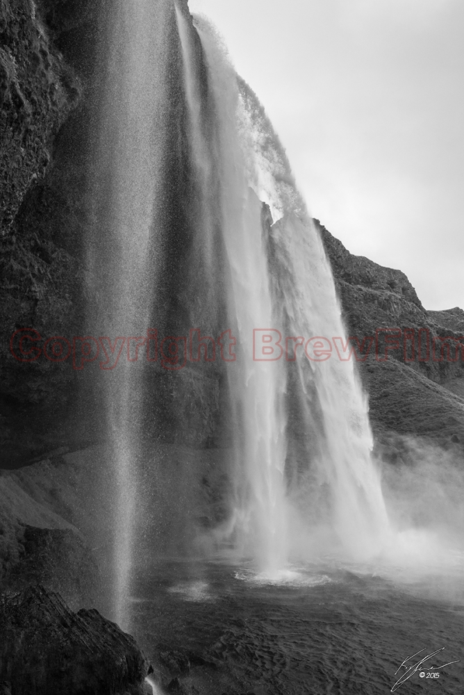 Seljalandsfoss (Black & White)