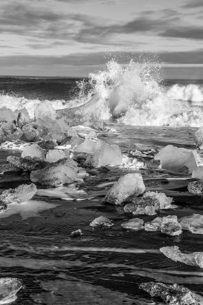 Ice bath (Black & White)