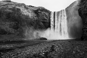 Skógafoss (Black & White)